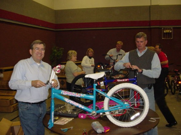 Dec 13, 2012 – Annual Bike Build